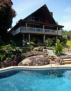 poolandchalet_thumb